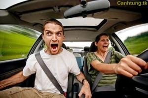 Khi phụ nữ cầm lái